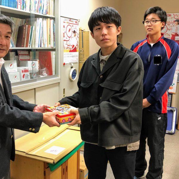長野西高等学校生徒会様からご寄付をいただきました。